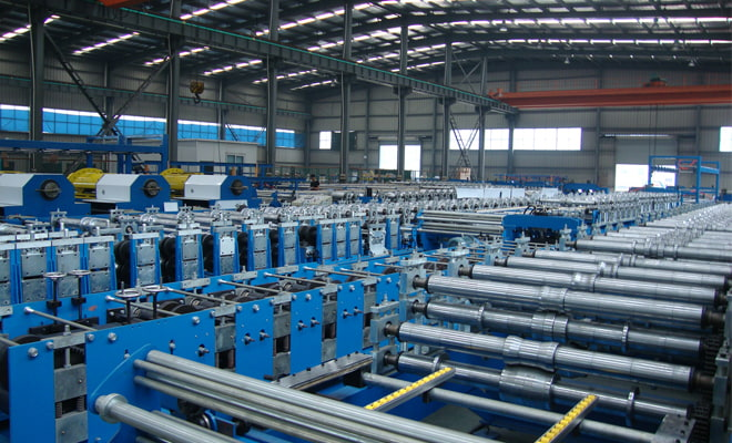 Application of Customized Cold Roll Forming Steel Equipment for Expressway Guardrail