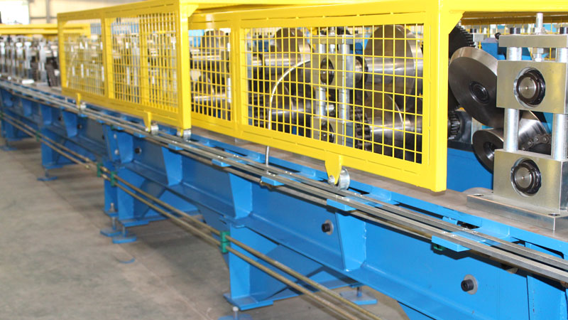 Guide Rail Rolling Machine