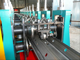 Highway Crashbarrier Forming Line